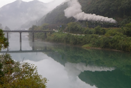 SL人吉 神瀬橋 (448x302).jpg