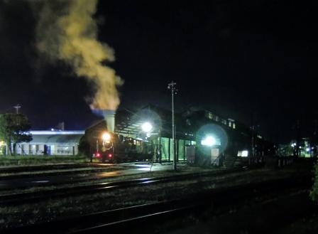 SL人吉 夜汽車.jpg